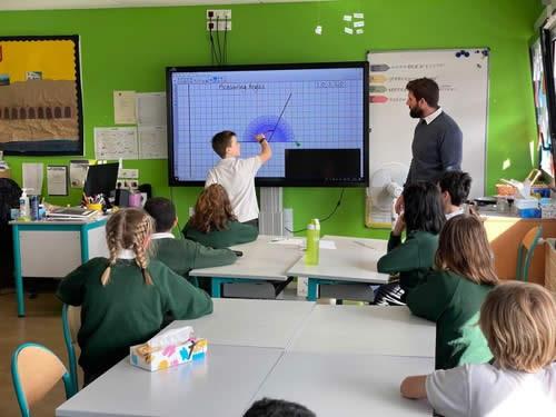 Ecran-interactif-tactile-en-pedagogie-tbi direct