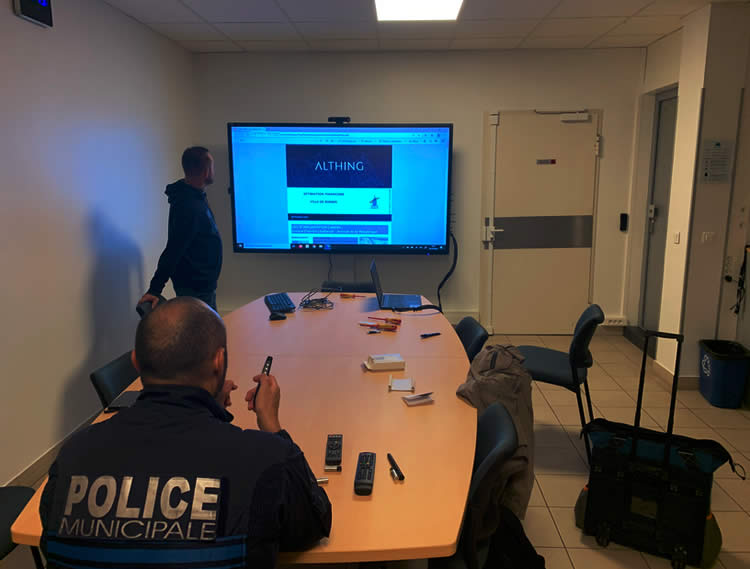 ecran interactif police municipale Rungis