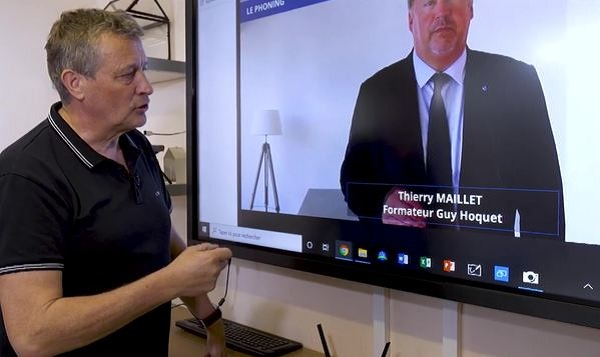 connecter-ecran interactif outil travail