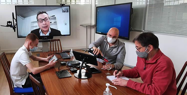 visioconference avec ecran interactif surmonter zoom fatigue